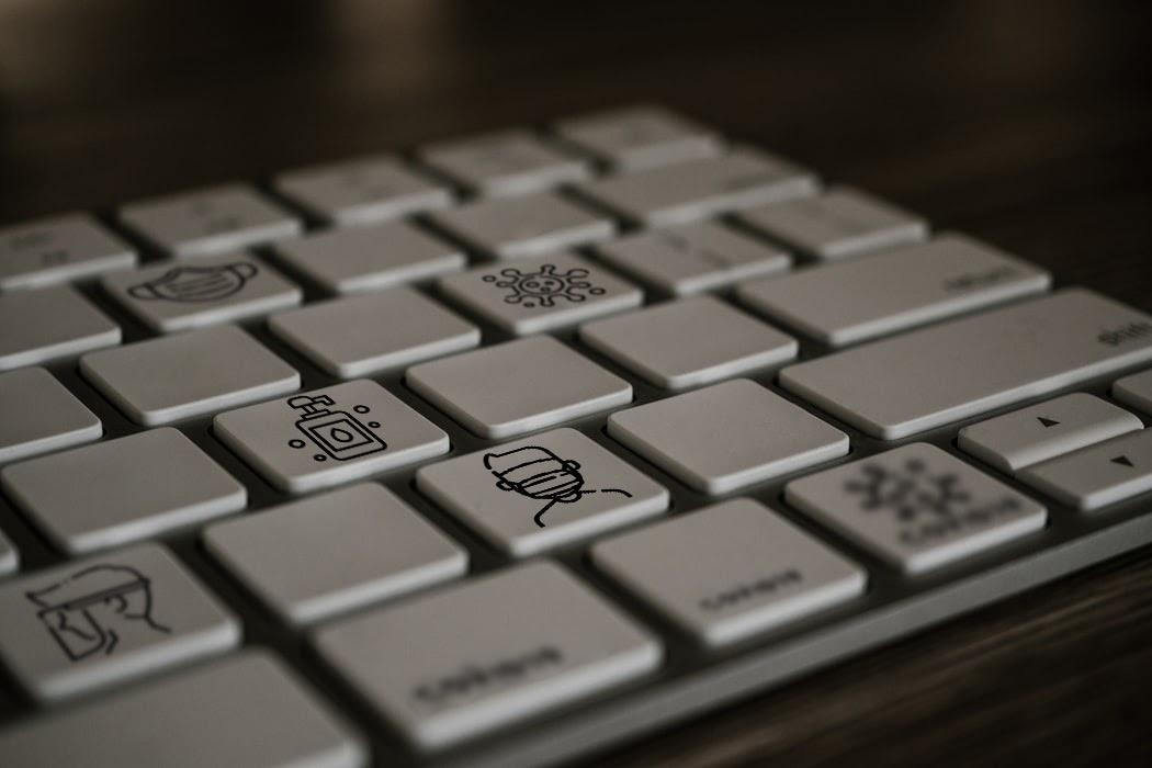 Remote design team (keyboard)